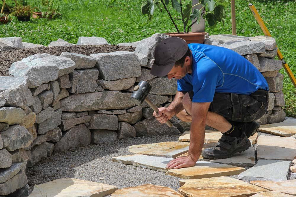 Handwerker aus dem Westerwald sanieren Terrasse und Balkon